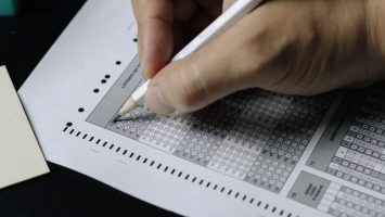 ภาพที่โดดเด่น การสอบเข้ามหาวิทยาลัย 355x200 - การสอบเข้ามหาวิทยาลัย